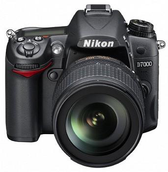 NIKON D7000 BLACK + KIT 18-105 VR